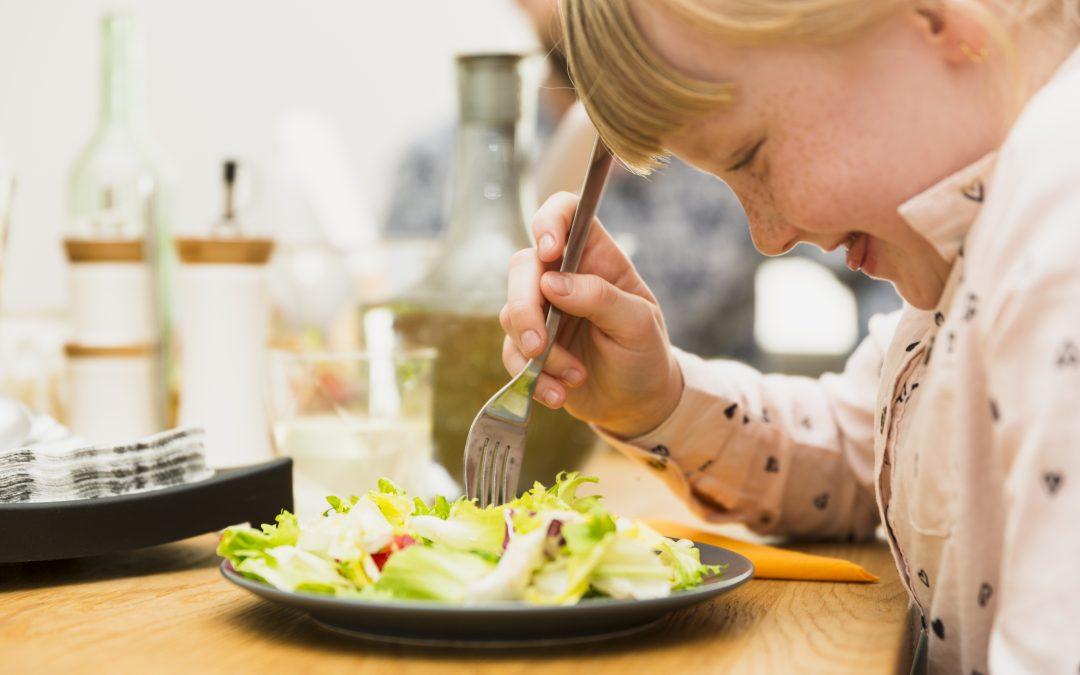 Comedores escolares: ¿Baja calidad? La línea caliente es la solución