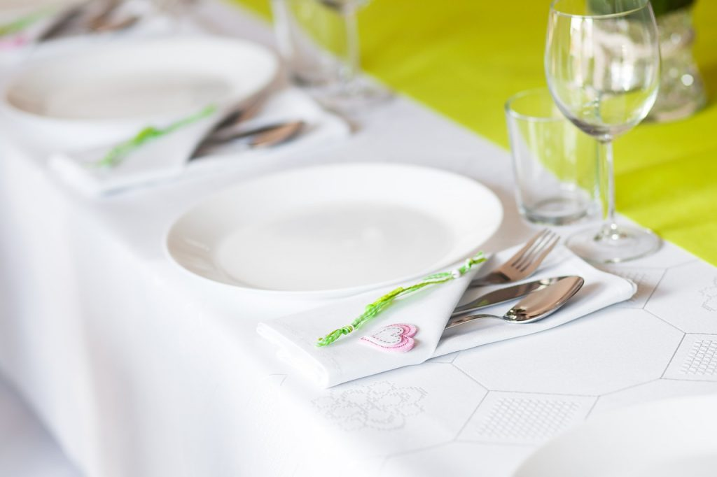 Mesa de banquete de comunión