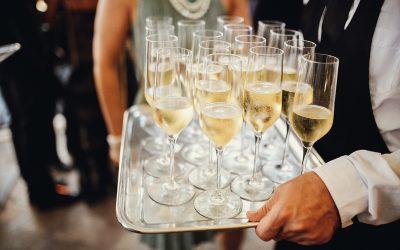 Ventajas de contratar un catering para fiestas privadas