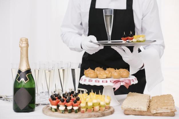 Servicio de aperitivo para un día especial